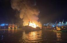 Bình Định: Cháy hàng loạt tàu cá đang neo đậu tại cảng cá Quy Nhơn