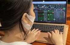 Chứng khoán ngày 22-10: Cơ hội tích lũy cổ phiếu cho trung hạn