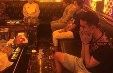 Đột kích quán karaoke giữa đêm, phát hiện hàng chục thanh thiếu niên phê ma túy