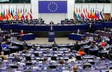 Ba Lan tuyên bố không cúi đầu trước áp lực tài chính của EU