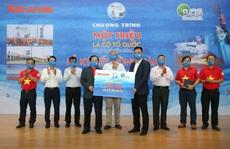 Bamboo Capital đồng hành cùng Chương trình 'Một triệu lá cờ Tổ quốc cùng ngư dân bám biển'
