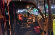Giải cứu tài xế bị thanh sắt đâm xuyên ngực mắc kẹt trong cabin