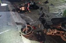 Hai xe máy tông nhau làm 2 người chết, 3 trọng thương