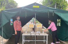 TP HCM: Phủ vắc-xin đón học sinh trở lại trường
