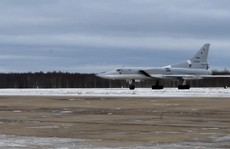 Nga: Hệ thống ghế phóng đẩy 3 phi công văng khỏi máy bay tử nạn