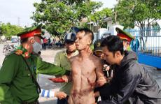 Kẻ ngáo đá ở Quảng Nam tự cắt cổ, liên tục la 'giết người'
