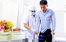 CLIP: Hùng Dũng nói gì sau khi về nhà bắt đầu tập vật lý trị liệu?