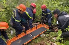 CLIP: Cứu thanh niên rơi xuống vực sâu 30m tại đèo Hải Vân