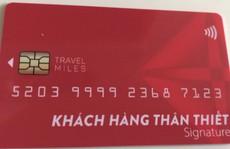 Nhiều người mắc lừa đóng phí làm thẻ khách hàng vay tiền lãi suất thấp