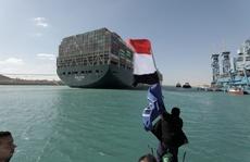Kênh đào Suez khai thông, nỗi lo còn đó