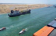 Dậy sóng từ kênh đào Suez