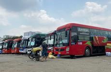 Hai bến xe 'lậu' đình đám ở Bình Thạnh: Ầu ơ trách nhiệm!