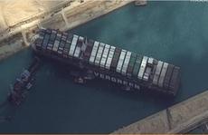 Giải tỏa kênh đào Suez: Tổng chi phí có thể lên tới 1 tỉ USD