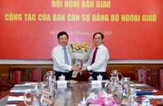 Phó Thủ tướng Phạm Bình Minh bàn giao nhiệm vụ Bộ trưởng Ngoại giao