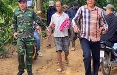 Cả trăm người bao vây quả đồi, bắt phạm nhân trốn trại