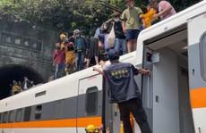 Hé lộ nguyên nhân khiến tàu hỏa trật đường ray ở Đài Loan, gây tai nạn thảm khốc