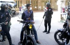 Campuchia phạt roi người vi phạm lệnh phong tỏa