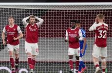 'Người nhện' Leno thành tội đồ, Arsenal vỡ mộng cúp châu Âu