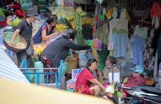 Phóng sự ảnh: Nhiều người dân tại TP HCM còn chủ quan, lơ là phòng dịch Covid-19