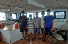 CLIP: Cảnh sát biển ở Phú Quốc bắt giữ 5 người nhập cảnh trái phép từ Campuchia