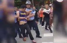 Đâm chém ở trường mẫu giáo Trung Quốc, 2 trẻ thiệt mạng oan uổng