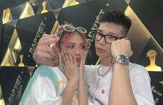 Ôm hôn ở chốn đông người, rapper MCK và Tlinh bị chỉ trích