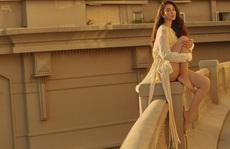 Kết thúc nhiệm kỳ, hoa hậu Trần Tiểu Vy gia nhập đội 'gái xinh hở bạo'