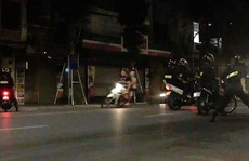 6 học sinh Hà Nội đua xe máy trong đêm