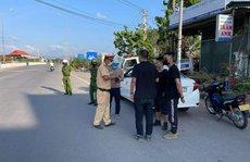 Chặn bắt ôtô chở 3 người Trung Quốc nhập cảnh 'chui'