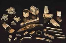 Khai quật hàng đống 've chai', hóa ra kho tiền cổ vô giá 2.300 tuổi