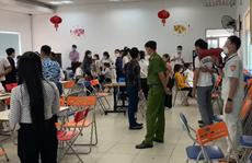 Hơn 100 người tụ tập ở văn phòng bán hàng giữa mùa dịch