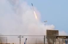 """Mỹ chỉ trích """"mưa tên lửa"""" trong căng thẳng Israel-Palestine"""