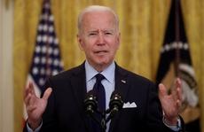 Tổng thống Biden 'trảm' hàng loạt sắc lệnh của ông Trump