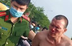 Táo tợn tấn công tài xế, cướp taxi giữa ban ngày