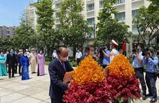 Biết ơn công lao to lớn của Chủ tịch Hồ Chí Minh