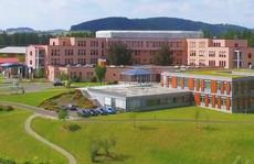 Bệnh viện Áo gây sốc vì cắt nhầm chân của bệnh nhân