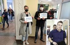 Belarus ép máy bay hạ cánh, EU nổi giận