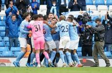 Đại tiệc nâng cúp vô địch, Man City tri ân 'người hùng' Aguero