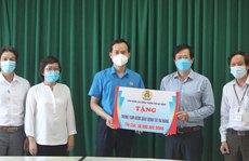 Đà Nẵng: 465 triệu đồng hỗ trợ tuyến đầu chống dịch