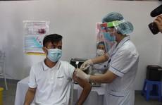 Việt Nam nỗ lực 'phủ sóng' vắc-xin Covid-19