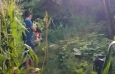 Phát hiện người phụ nữ 69 tuổi đi câu cá chết bất thường bên bờ suối