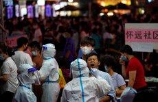 Trung Quốc: Covid-19 'lây mạnh', dân Quảng Châu rồng rắn chờ xét nghiệm