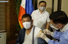Tổng thống Philippines nói 'không cần phải thô lỗ' với Trung Quốc