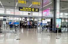 Hành khách từ TP HCM lại tất bật hoàn, hủy vé máy bay do dịch Covid-19