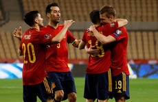 Khởi đầu khó khăn của Tây Ban Nha