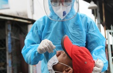 TP HCM: Thêm 60 ca nhiễm mới, hàng loạt ca đã từng âm tính với SARS-CoV-2 trước đó