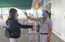 CÁC KHU CHẾ XUẤT - KHU CÔNG NGHIỆP TP HCM: Vừa phòng dịch vừa hỗ trợ công nhân