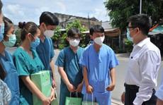 TP HCM: Hơn 500 sinh viên trường y xông pha chống dịch Covid-19