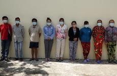 """Phá tụ điểm cờ bạc """"quý bà"""" ở Kiên Giang"""