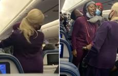 Hành khách gây rối trên máy bay Mỹ ngày càng nhiều